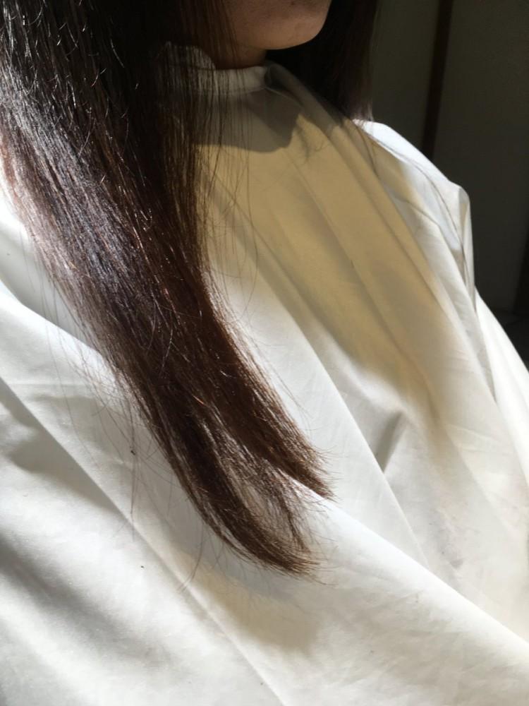 この縮毛矯正の仕上がりは物凄くいい!!触っていただきたい毛先!