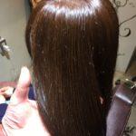 アッシュ系のヘアカラー。髪の毛にもストーリーを